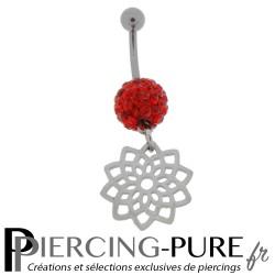 Piercing Nombril Titane boule multicristaux rouges et pendentif mandala