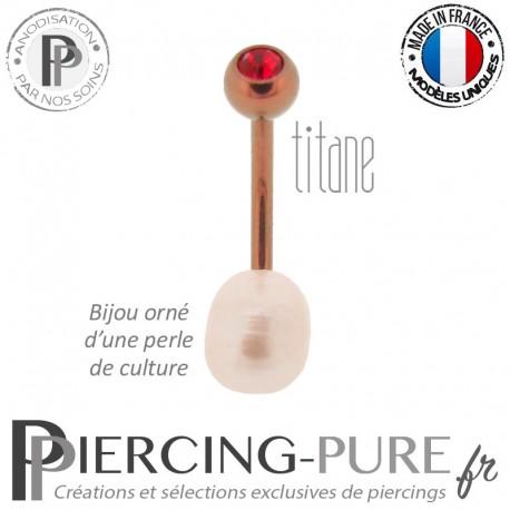 Piercing Nombril Titane rose doré Perle de culture blanche Cristal rouge