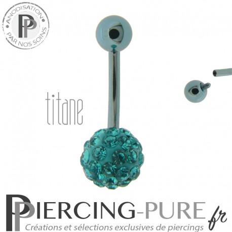Piercing Nombril Titane bleu clair et boule de Cristaux bleu clairs