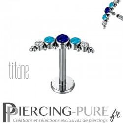 Piercing labret titane interne cristaux bleu, turquoises et blancs ornés de microbilles
